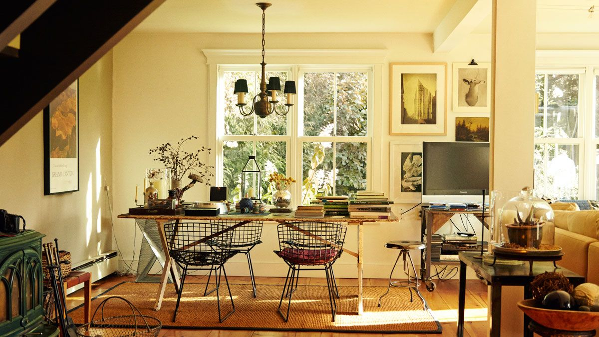 Frank Muytjens country house dining table and Bertoia chairs